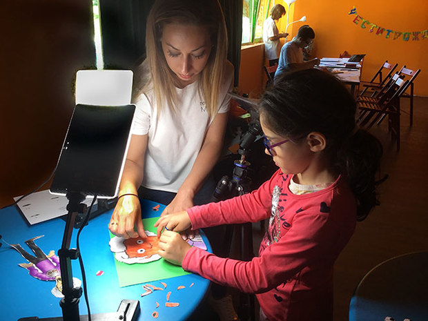 Begomila Todorova and a young animator at her workshop