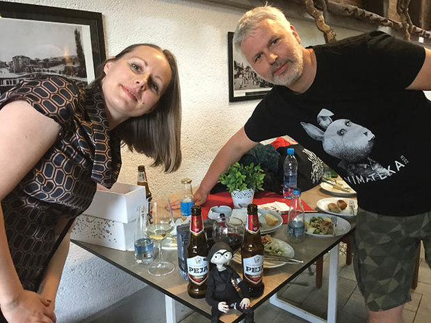 Ana Nedeljkovic and Nikola Majdak Jr extoll the virtues of the local beer to the star of Untravel