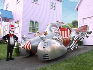 Previs even went into set design for Cat in the Hat. © Universal Pictures.
