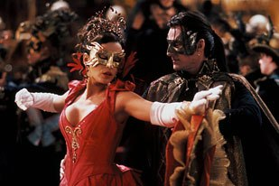 The color red was isolated to make it stand out in this ballroom sequence from Van Helsing. All Van Helsing images © 2004 Universal Studios. All rights reserved. Credit: Frank Masi.