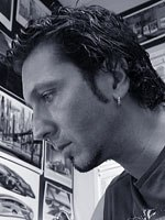 Patrick Tatopoulos, production designer and robot creator, was inspired by the transparency of his assistants iMac while designing Sonny and his fellow robots.