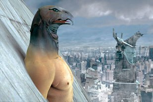 Immortel was entirely previsualized in 3D. Here, Horus leaves the pyramid as it hovers over Manhattan.