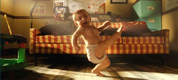 The main difficulty with the baby was that it had to appear as a real child who suddenly defied any law of physics. © 2005 Industrial Light and Magic/New Line Prods.