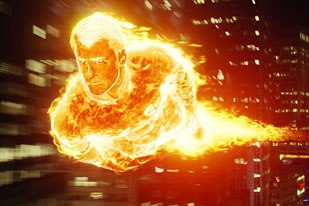 Johnny Storm proved to be one of the vfx teams biggest challenges. His ability to heat from within, burst into flame and to fly were handed to Giant Killer Robots.