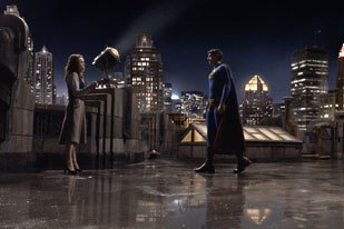 The other principal environment built by Sony Imageworks was Metropolis, seen here in the background during a scene between Superman and Lois.