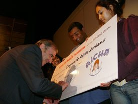 The Prix Aïcha was given to a local animation company that plans to partner with Festanim to jumpstart year-round animation training in the city.
