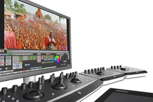 Quantel showed off Pablo HD, a new entry-level nonlinear color correction system with the features of its 2K and 4K Pablo systems. © 2001-2005 Quantel Limited.