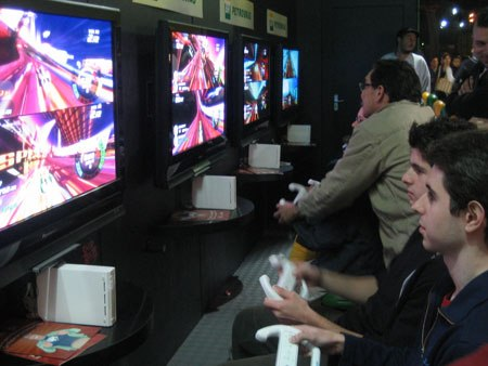 Video games care of sponsor Petrobras.