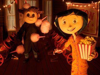 In the Other World, Wybie and Coraline are drawn to a fantastic circus of trained mice.