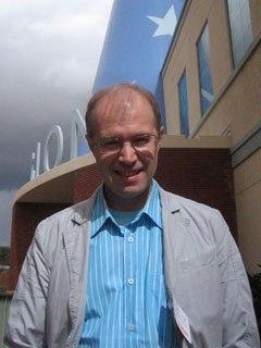 Konstantin Bronzit, Lavatory Lovestory director.