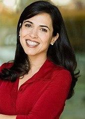 Script consultant Pilar Alessandra.