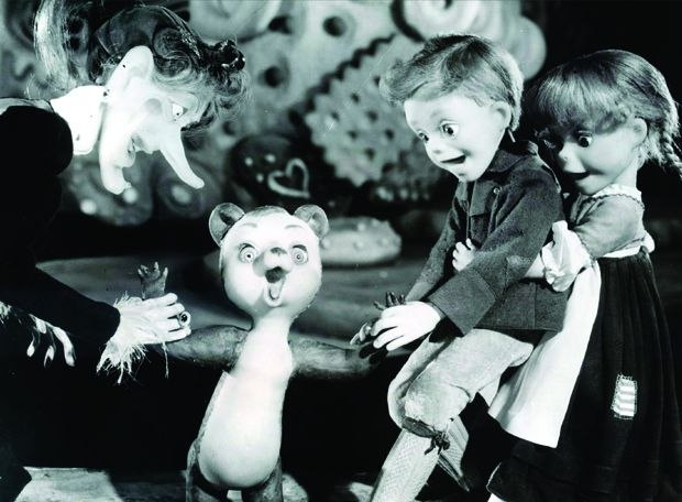 [Figure 1.3] Production still from Hansel and Gretel: An Opera Fantasy. (© 1954, Michael Myerberg Productions.)