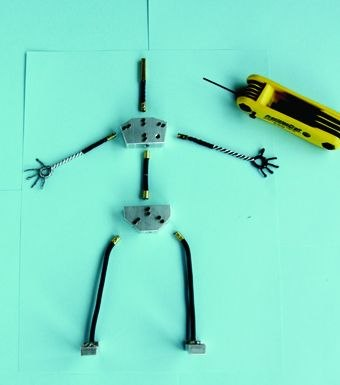 [Figure 3.14] Plug-in armature with all limbs taken apart.