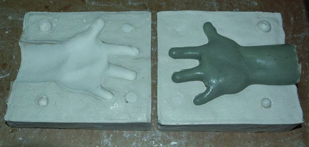 [Figure 3.63] Complete two-part mold before the sculpt is removed.