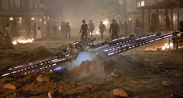 In addition to the mothership, the speeders were used by the aliens to round up humans.