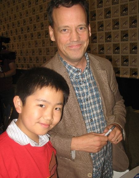 Perry Chen with Dee Bradley Baker -voice of Perry the Platypus at Comic-Con (photo by Zhu Shen).