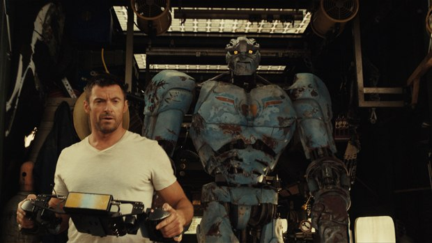 The virtual production pipeline allowed the CG robots to be handled closer to a live-action shoot.