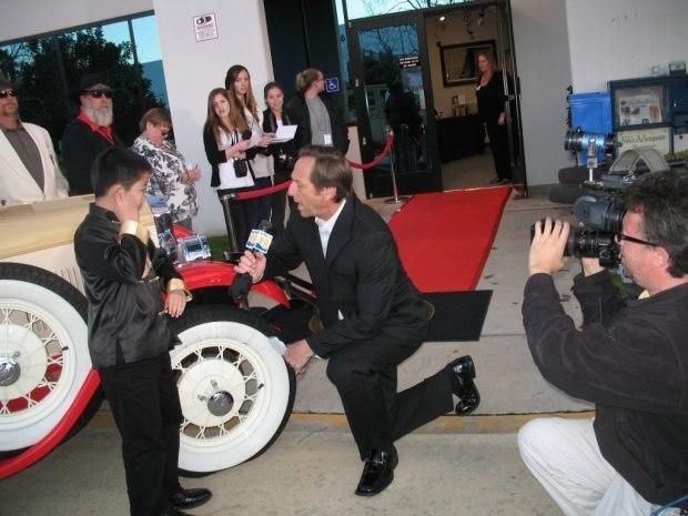 Perry Chen predicting 2011 Oscar winners live on CBS 8 at Oscar Night America – San Diego (photo by Zhu Shen)