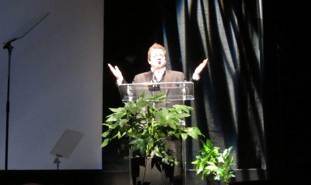 2012 Annie Award host Patton Oswalt was an outstanding addition to the program.