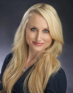 Jennifer Saet