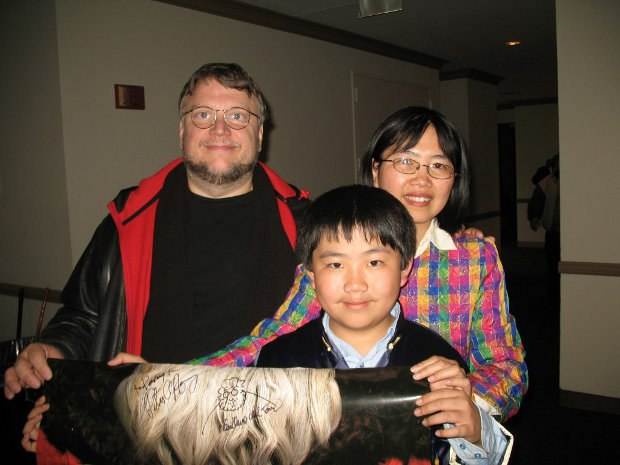 Perry Chen & mom Zhu Shen with exec producer Guillermo del Toro (photo by Charles Zembillas)