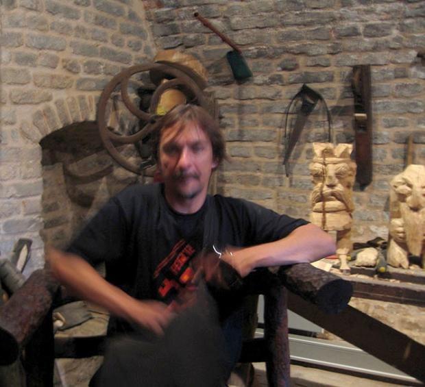 Muzak, in Vuk's workshop