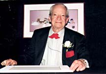 Maurice Noble frequently makes guest appearances at animation art signings around the country. Photo by Robert McKinnon, courtesy of Maurice Noble.