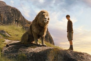 Rhythm & Hues was under pressure to create a convincing Aslan. Fans had made the iconic character the litmus test of the films chances at success. All images © Disney Enterprises Inc. and Walden Media Llc. All rights reserved.