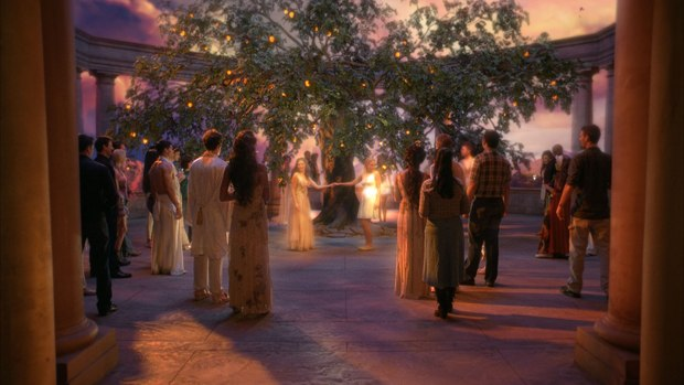 The debut episode of the season was filled with magical effects. All image courtesy of Zoic. © 2011 - HBO.