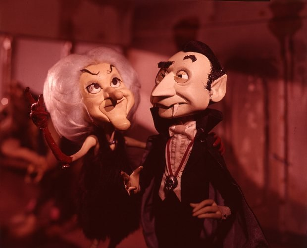 The Monster's Mate and Dracula. All Images: © 1967 Rankin/Bass Productions / Rick Goldschmidt Archives.