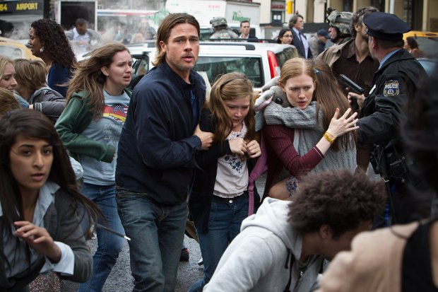 The frantic race to safety through the streets of Philadelphia from World War Z. Images courtesy of Cinesite / Paramount Pictures. © 2013 Paramount Pictures. All Rights Reserved.