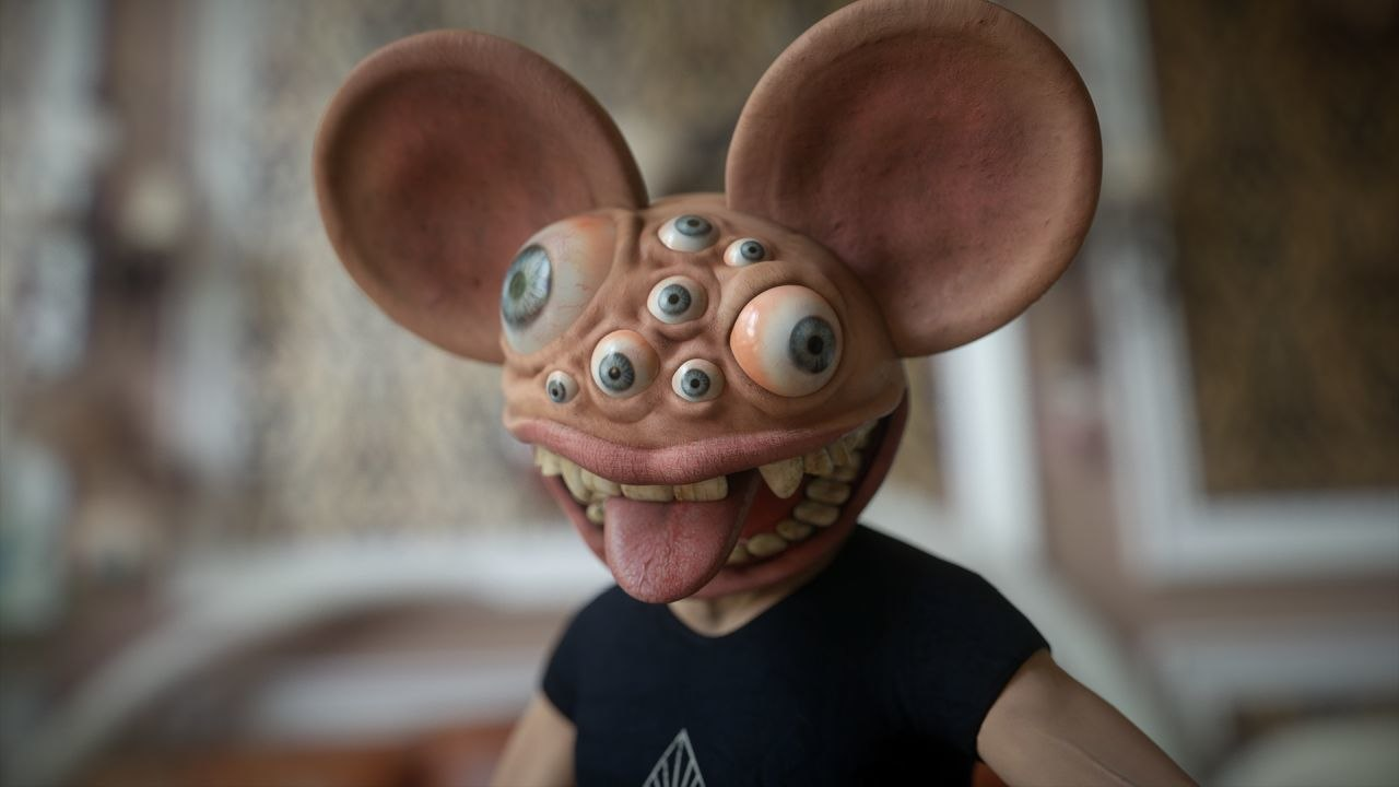 Monophobia': Deadmau5's Massively Out of Control House Party