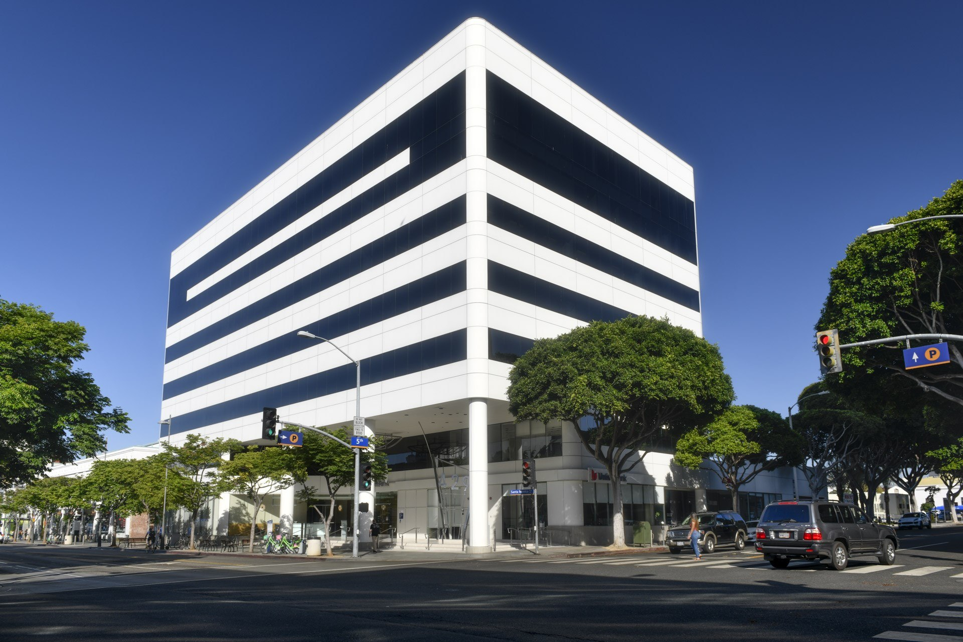 Adobeu0027s New Los Angeles Facility Aims To Provide Professional Level Support  For Hollywood Editors And Other Post Production Professionals.