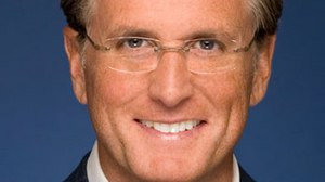 Fox's Kevin Reilly Steps Down