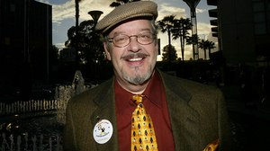 Voice of Bugs Bunny, Daffy Duck Joe Alaskey Dies at 63