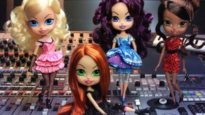 Planeta Junior Joins m4e's 'The Beatrix Girls'
