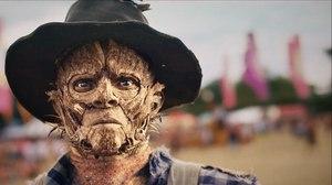 "Coming Soon: Kibwe Tavares ""Robot & Scarecrow"""