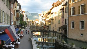 Arrived In Annecy – Kids Should Not Be Allowed on Planes
