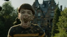 One of Us Creates Swarm of Bees for 'Miss Peregrine's Home for Peculiar Children'