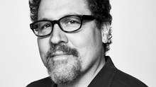 Jon Favreau to Helm Live-Action 'Star Wars' Series